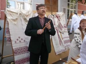 виставку традиційного народного та сучасного декоративно-прикладного мистецтва Житомирщини